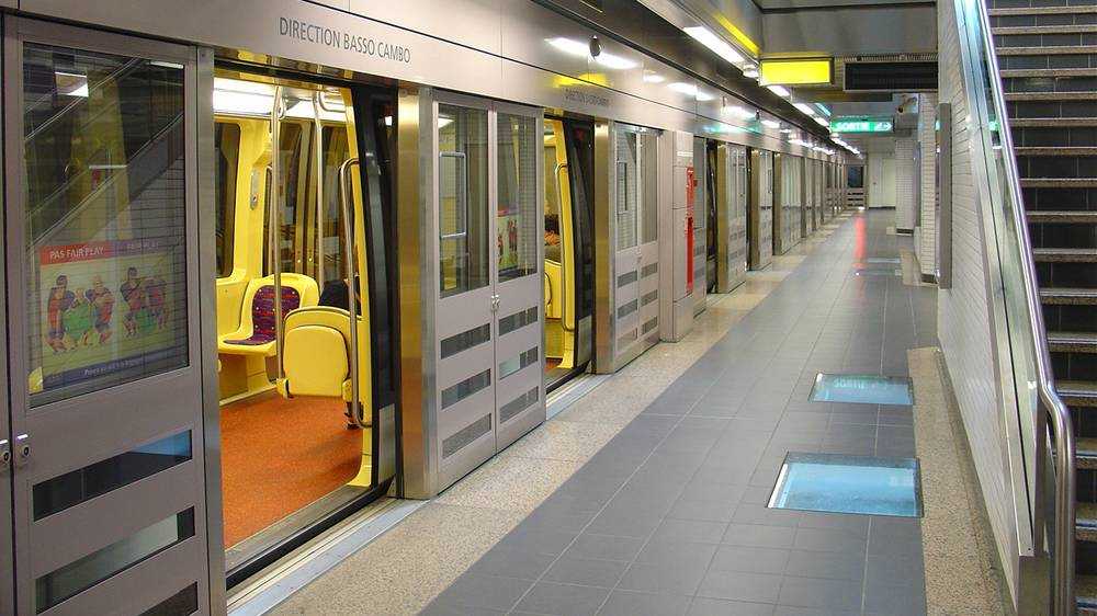 Gilgen открывает двери в метро в Тулузе